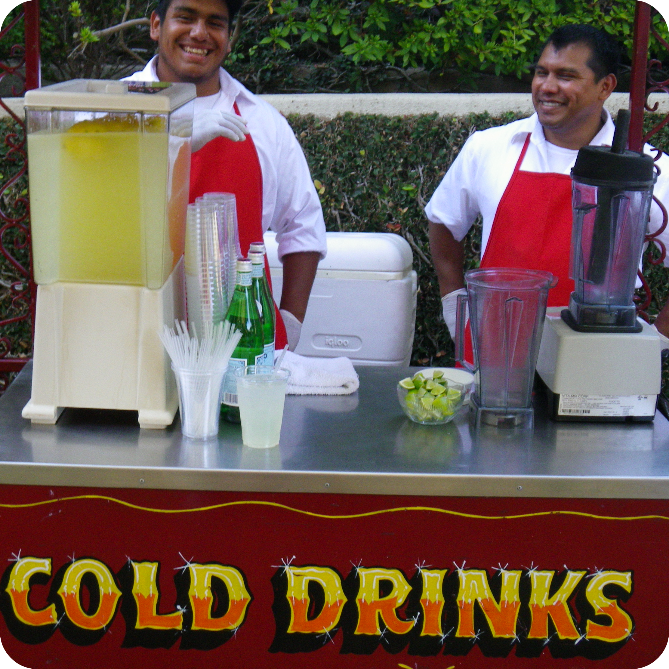 Drink Cart in Los Angeles, CA