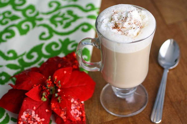 Holiday Fun with Sugar Cookies, Egg Nog Lattes and Hot Mulled Cider
